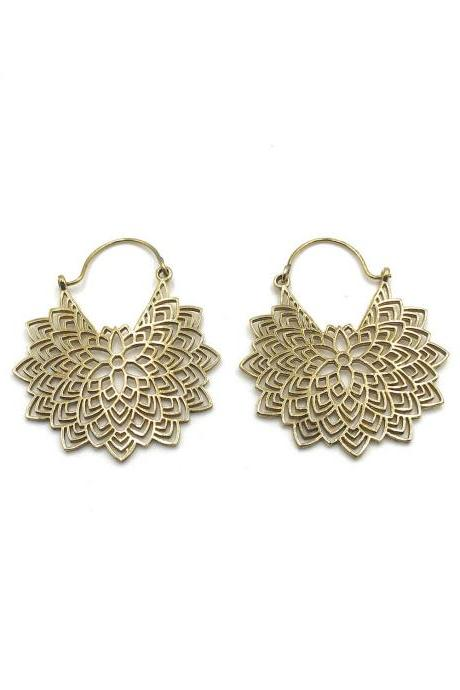 Filigree Mandala Gold Dangle Earrings / Sacred Geometry Festival Jewelry / Unique Earrings / Handmade Gold Plated Jewelry / Hammered Brass