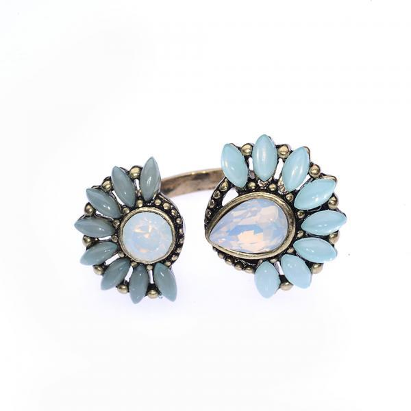 Flower Ring / Vintage Ring / Opal / Wrap Around Ring / Adjustable Ring / Open Ring / Costume Jewelry / Colorful Jewelry / Rustic Ring / Blue